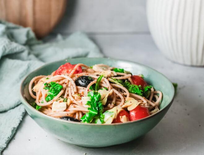 Mediterranean Pasta with Kale